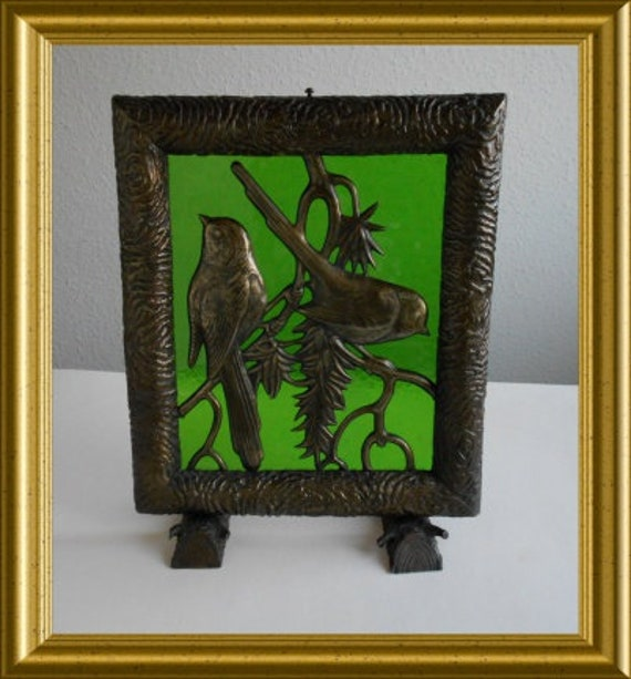 Vintage metal decoration : birds on green glass