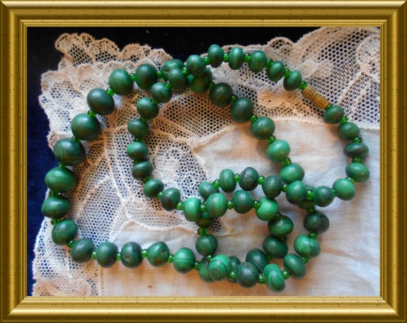 Vintage green necklace : malachite