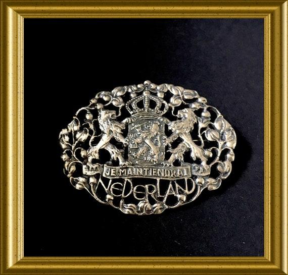 Vintage brooch: Je maintiendrai, motto Netherlands, lion, Dutch coat of arms