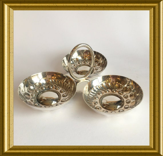 Vintage silver plated tastevin serving dish, wine taste cups