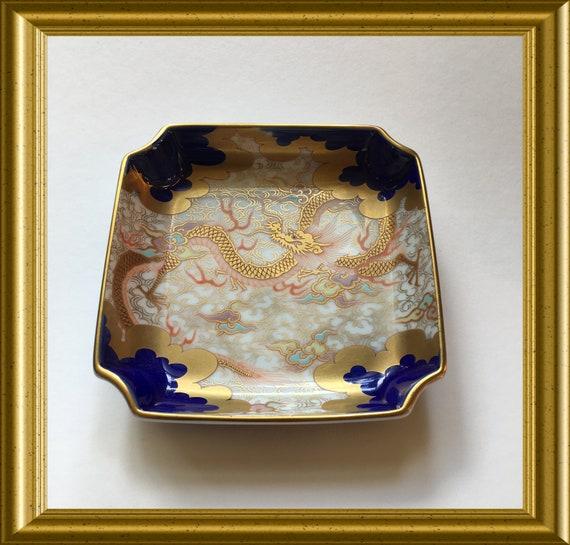 Antique Japanese porselain trinket dish: Fukagawa Seiji, dragon
