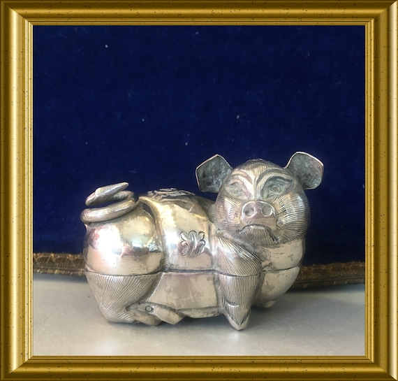 Vintage silver plated box: pig, Cambodia