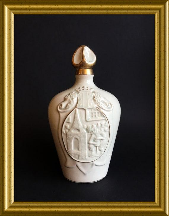 Vintage art pottery bottle : PZH pottery Gouda, 1948