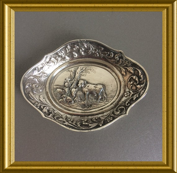 Miniature silver dish: Paulus Potter, The Bull, Hollandia Zutphen