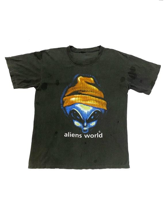 Vtg!!!Rare 90's Alien World Skate/Distress Shirt S