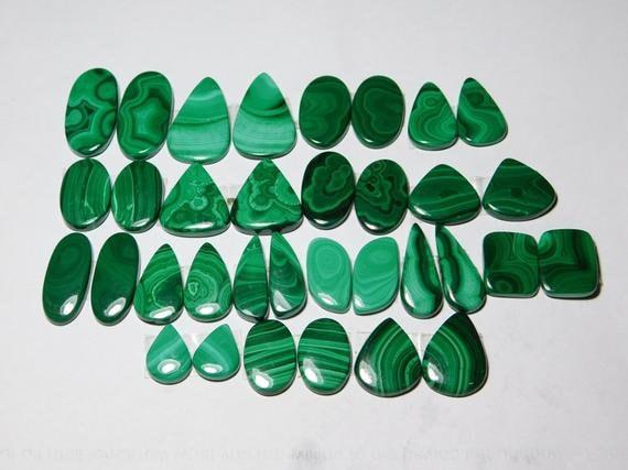 Naturel gemme de Malachite 531.10cts 17 paires 531.10cts Malachite mélange de gros lot 451a6a