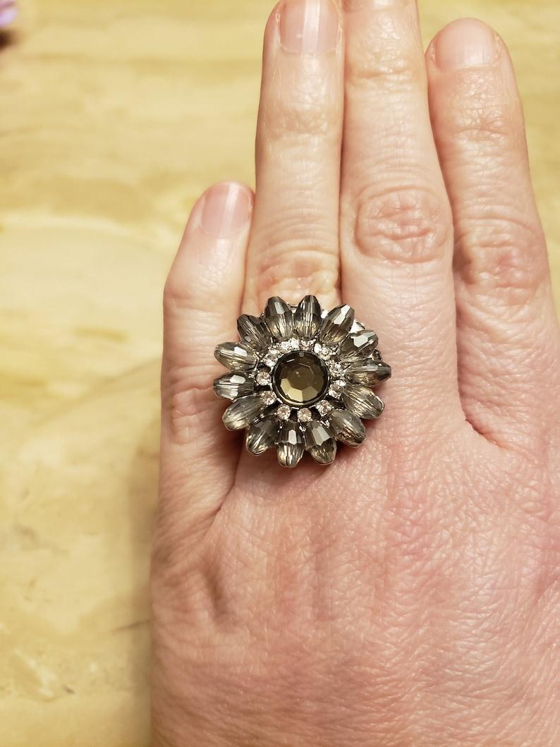 Gray Crystal Flower Ring