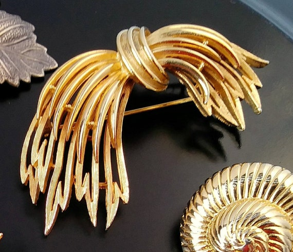 Brushed Gold Bracelet Signed ART Mid-Century Modern