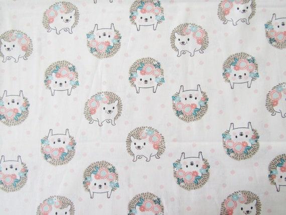 Sevenberry Mini White POLAR BEAR  Baby Christmas 100/% Cotton Patchwork Fabric