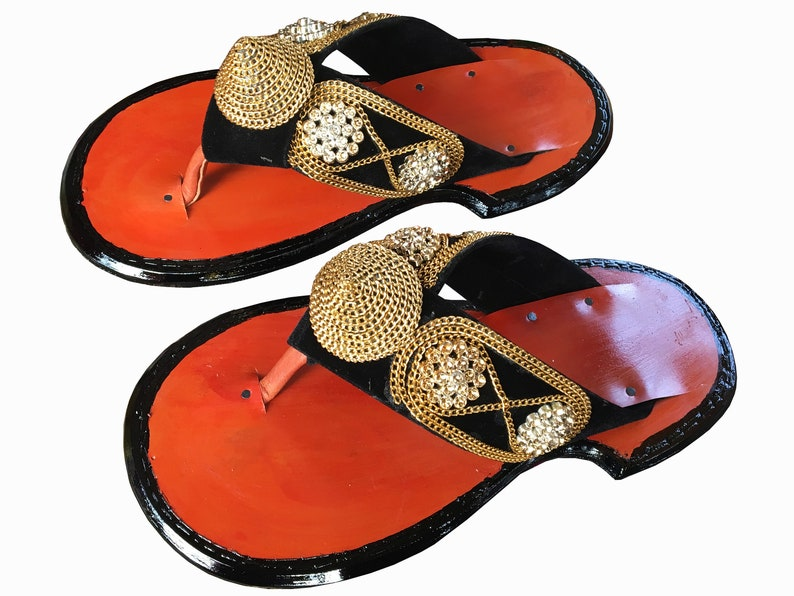 fdf7d1ad5 Traditional Men s Ghanaian Handmade Slippers Leather