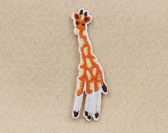 1Pcs 2.5x6.3CM Embroidery Giraffe Iron On Patch Embroidered Animal Patches Applique Sewing Supply