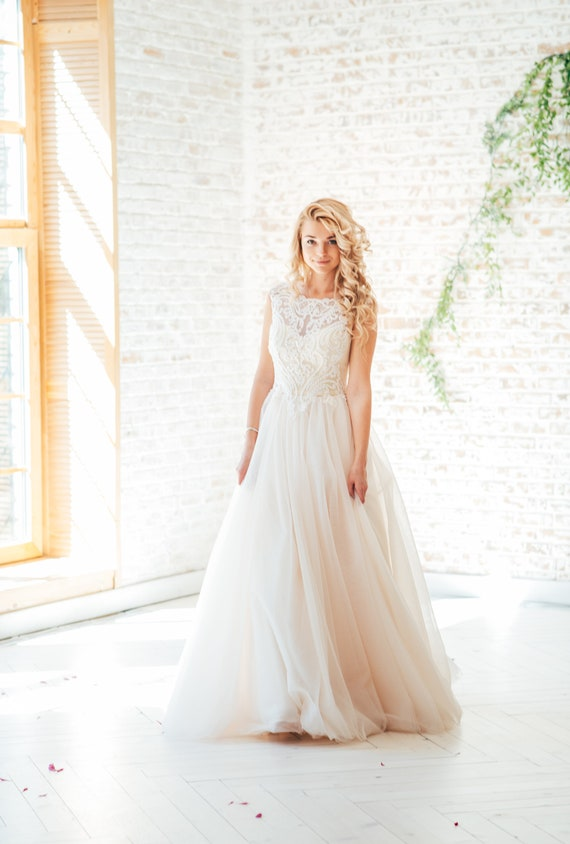 Boho Wedding Dress Designer.Bohemian Wedding Dress Designer Wedding Dress Tulle Wedding Dress Elegant Wedding Dress Classic Wedding Dress Long Ivory White Bridal Gown