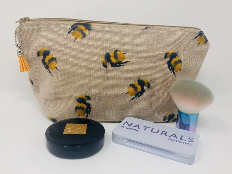 Padded Reading Glasses Case Letterbox Gift Bumble Bee Zipped Glasses Pouch Gift for her Small Bumble Bees Sunglasses Holder