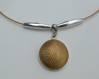 Necklace, golden pendent