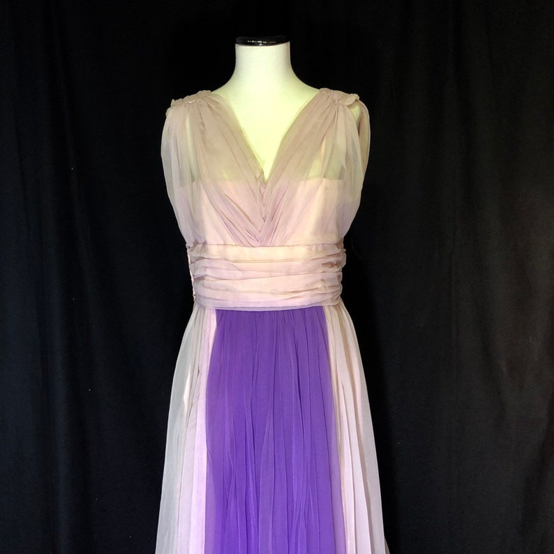 1960s Megara Greek Goddess Dress in Size 8 Medium