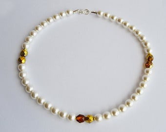 Pearl Necklace with Golden Amber Beads - Jamie Fraser's wedding gift to Claire - Sassenach Jewelry - Outlander inspired