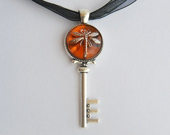 Dragonfly in Amber (Czech Glass) Silver Key Pendant - Claire Fraser Sassenach Jewelry - Outlander inspired