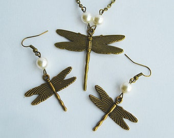 Dragonfly and Pearls Bronze Pendant & Earrings Set - Claire Fraser Sassenach Jewelry - Outlander inspired