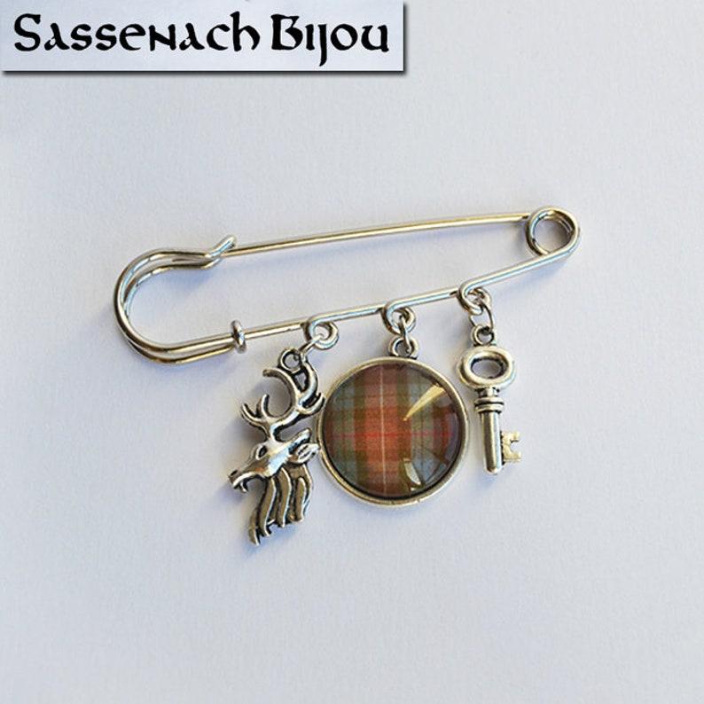 0eed30260cb Clan Fraser Kilt Pin Tartan écossais Cimier cerf clé à