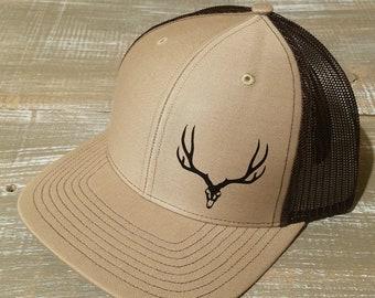 e264a5e00 Deer skull hat | Etsy