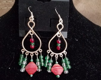 Red and green dangles