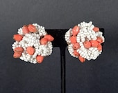 Vintage Hobe Coral and Wh...