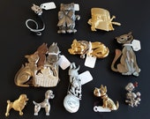 Lot of Vintage Contemporary It's Raining Cats & Dogs Novelty Brooches Pins JJ