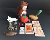 Antique Lot of Sewing Thi...