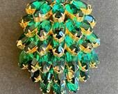 "Vintage ""Albert Weiss"" Fur Clip Pin Early Rare Emerald Green Circa 1942"