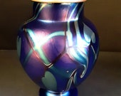 Signed 1976 Orient & Flume Blue Aurene with Gold 6 Inch Vase with Hearts