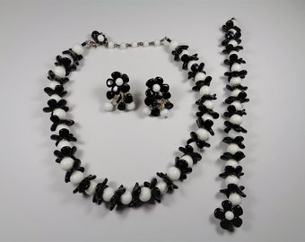 Vintage 1960's Miriam Haskell Black & White Necklace, Bracelet, Earrings Set