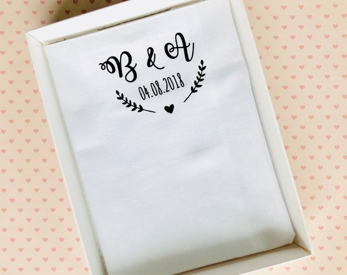 Fabric tissue Wedding for tears of joy, personalized with initials, wedding logo, gift groom, wedding gift