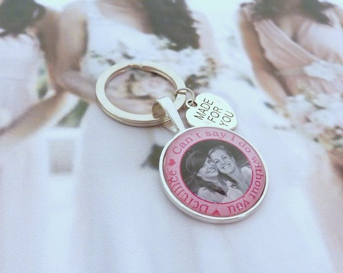 Gift maid to the wedding, the world's best maid, personalized key fob for the maid, thank you for the maid