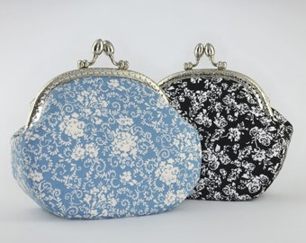 Cosmetic pouch with clip closure