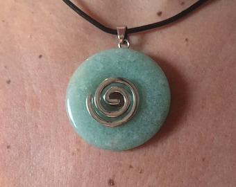 With 4 cm in aventurine donut pendant