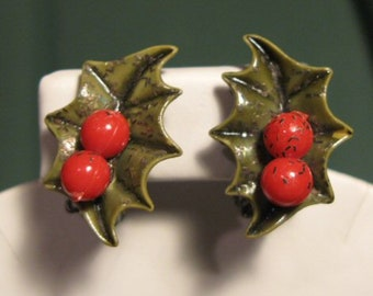Vintage Hollyberry Clip Earrings Christmas Jewelry