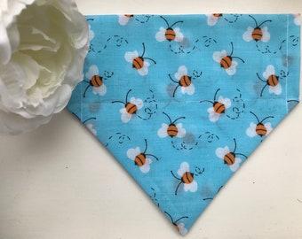 Haus_OfPaws Blue Bee Print Bandana