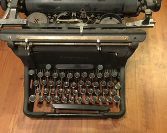 "Underwood 26"" Typewriter Vintage 1930s - 1940s Original Antique"
