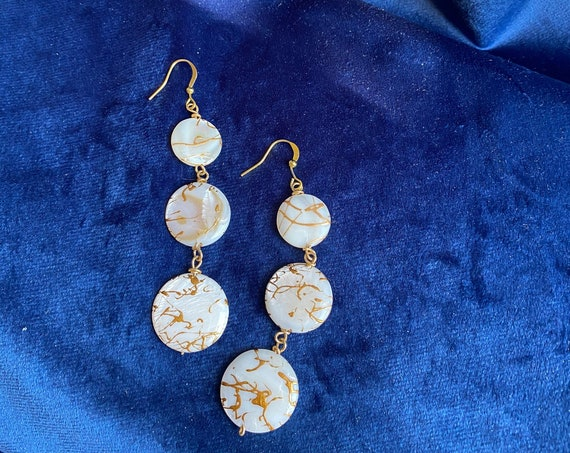 Alab Mother of Pearl Earrings