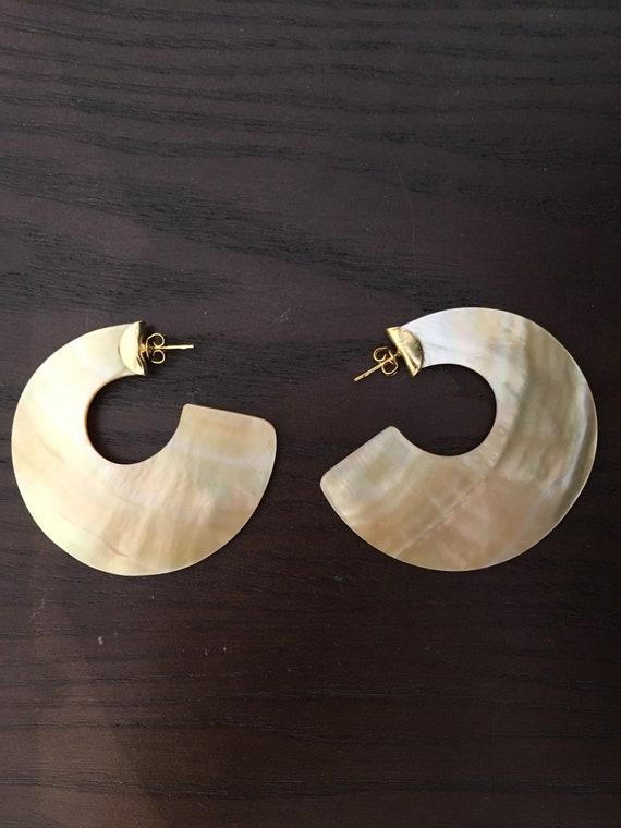 Mayari Mother of Pearl Earrings