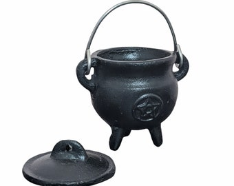 Pentagram Cauldron, Cast Iron Pentacle Cauldron, Wicca, Pagan, Magick, Bruja, Druid, Spell Cauldron, Witches Pot, Halloween