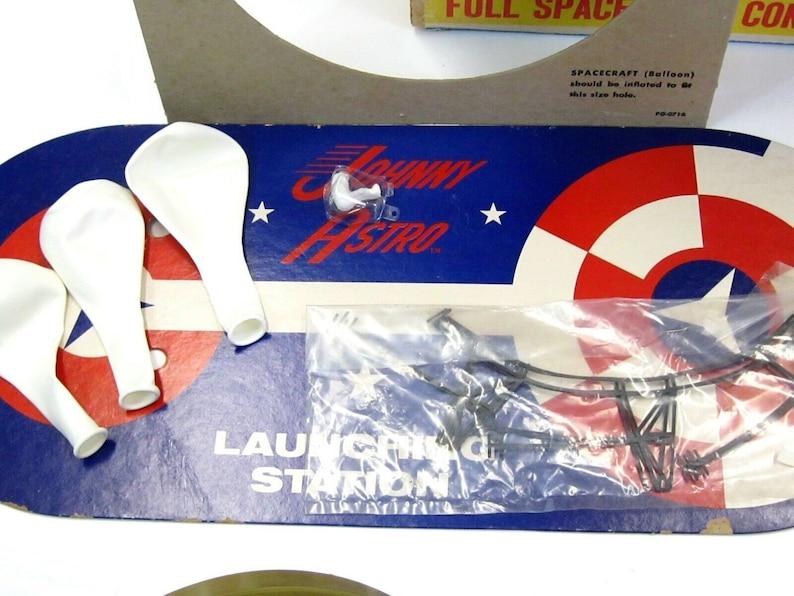 Vintage 1960/'s DeLuxe Topper Toys Johnny Astro Explorer Space Set wBox Works