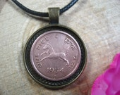 Jumping Horse India 1 Pice 1954 Indian Antique Bronze Tone 25mm Bezel Coin Pendant Jewelry Necklace Birthday Birth Year