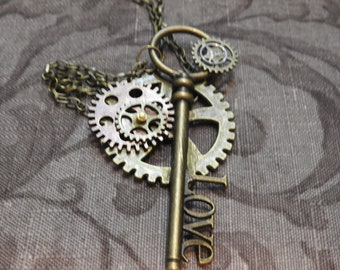 Steampunk Large Oval Key Pendant with Earrings