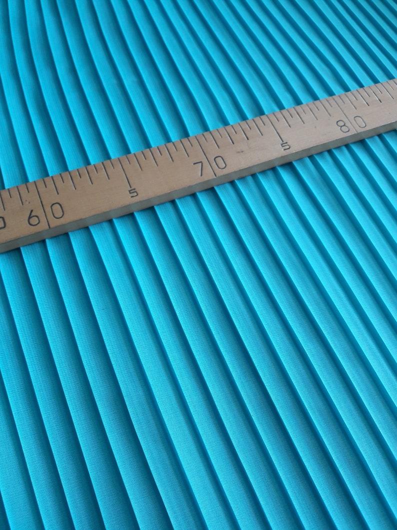 57ac2f683b503 Türkis plissierten Chiffon 355 Meter Chiffon Stoff für