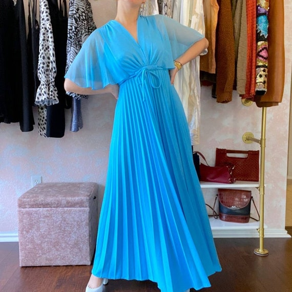 Size XS Vintage 1970/'s Pale Blue Bridesmaid Dress with Jacket