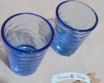 Shots blue color. A very nice couple