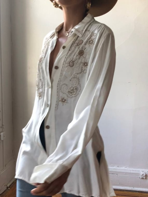 Vintage Indian Embroidered Tunic   White Embroider