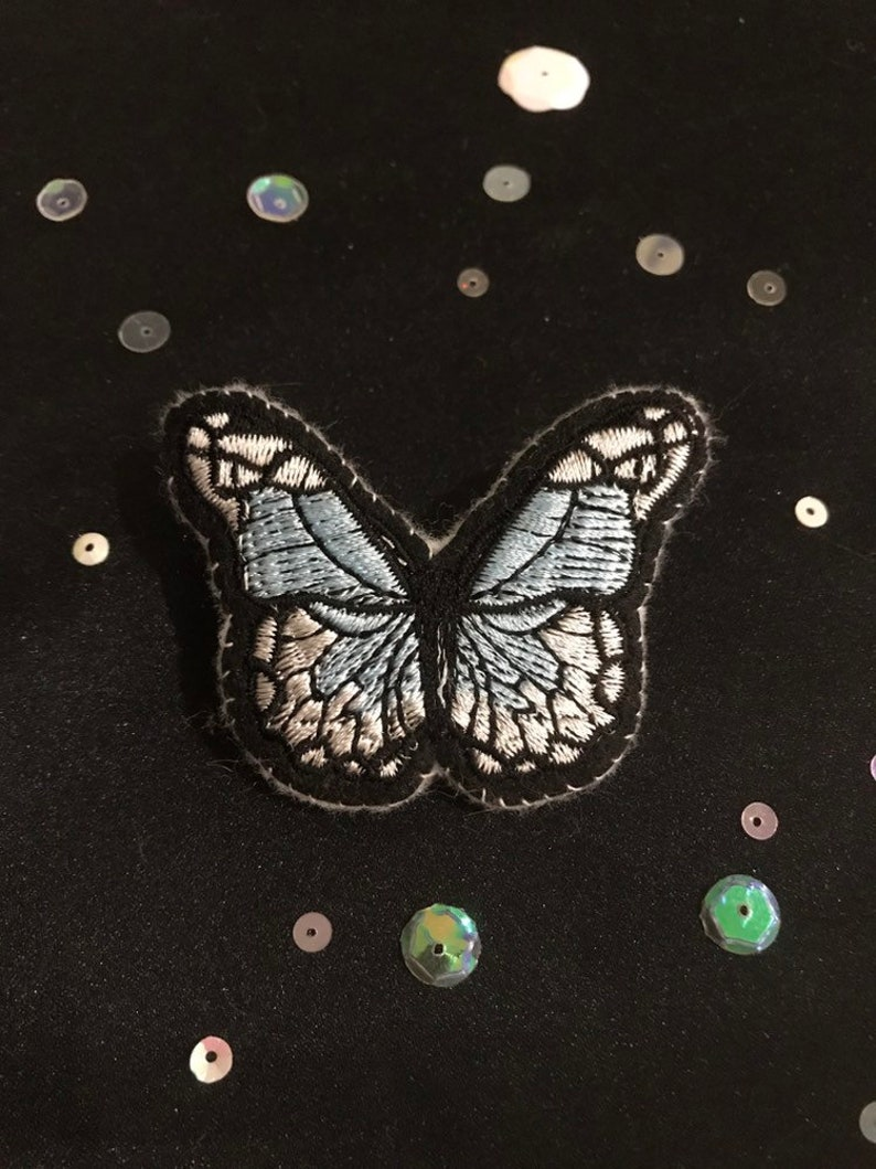 Vintage Style Small Gift Butterfly Jewelry Blue /& White Butterfly Brooch Pin