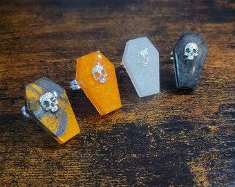 Silver Plated Halloween Skull Shimmer Coffin Rings